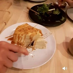 Vanilla  crape cake