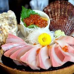 Hamachi Sashimi !!
