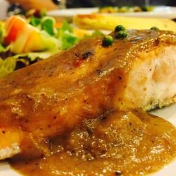 เสต็กปลาแซลมอล
