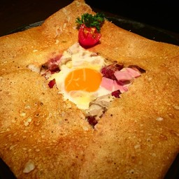 Crepes & Co. หลังสวน