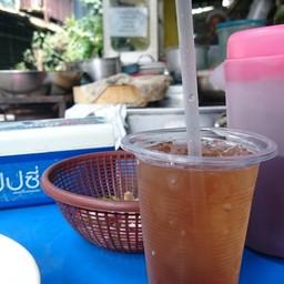 มาร้านอาหารจีน ก็ต้องเสิร์ฟน้ำชาอยู่แล้ว