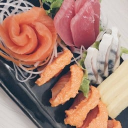Zaru Sushi