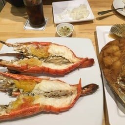 Laemcharoen Seafood เซ็นทรัลเฟสติวัลเชียงใหม่