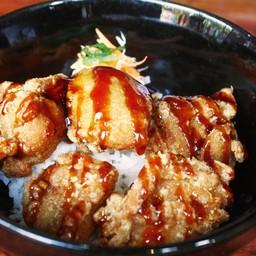 ข้าวไก่ทอดคาราอาเกะ