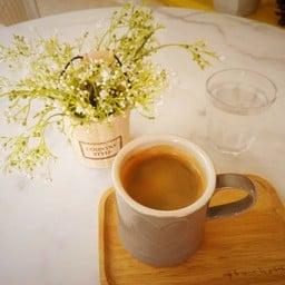 Cafe De Corner หมู่บ้านธนินทร