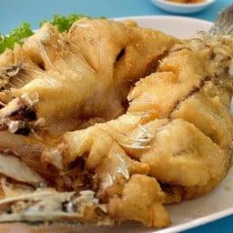 Laemcharoen Seafood รามอินทรา
