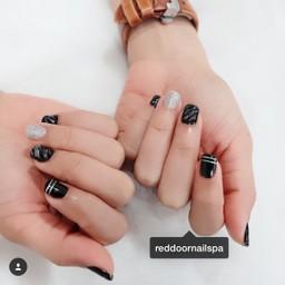 สีดำอมตะนิรันดร์กาล สวยไม่มีตกยุค Black Forever