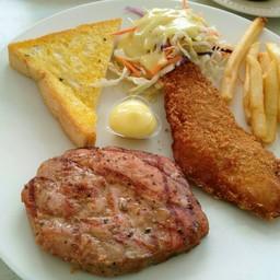 สเต็กหมูพริกไทยดำ&สเต็กปลาทอด