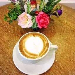 krungkao Coffee ณ เมืองเก่า สุโขทัย By Tan