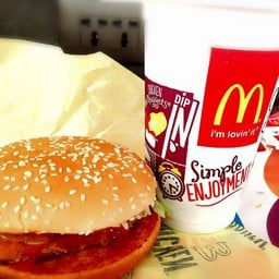 McDonald's พีทีที วิภาวดีรังสิต ราบ 1
