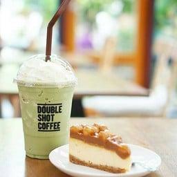 ชาเขียวปั่น × ชีสเค้กแมคคาเดเมีย
