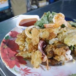 นินจา ผัดไทย หอยทอด