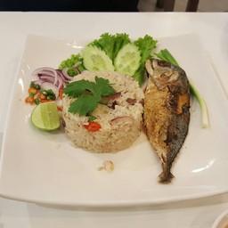 ข้าวผัดปลาทู