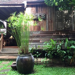 บรรยากาศ Tanita Coffee House