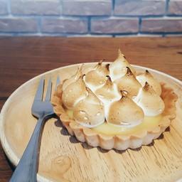 lemon tart .
