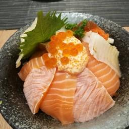Salmon Engawa Don