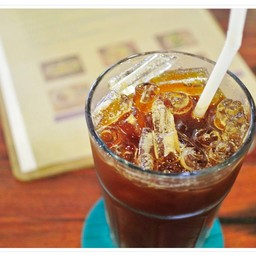 Thonglor_travellers Hostel & Cafe