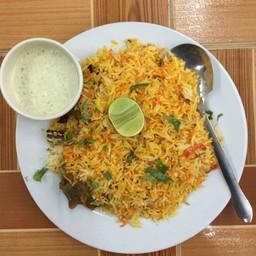 chicken briyani .