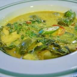 แกงเขียวหวานปลาแซลมอน