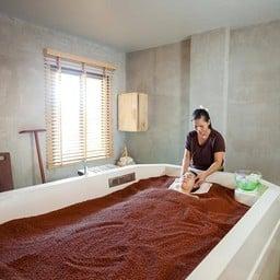 The One Sand Bath Spa ศรีนครินทร์