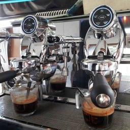 KRUTID COFFEE HOUSE สรรค์บุรี