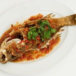 ปลากะพงราดพริก