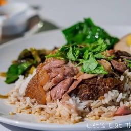 Cicada cuisine @Cicada Market