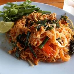 ผัดไทยผักหวาน