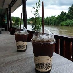 BRIDGE Bistro Coffee  ถ้ำกระแซ