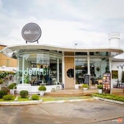 Deli Café ประชาชื่น