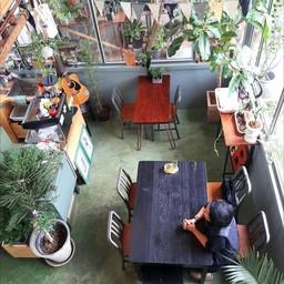 บรรยากาศ The Attic Diary Cafe