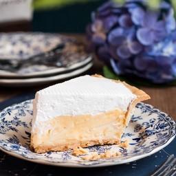 Fresh & Fluffy Coconut Cream Pie