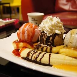 แพนเค้ก + ไอศครีม##1