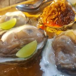เมนูของร้าน หอยใหญ่มั้ย ตลาดหัวมุม