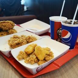 KFC บิ๊กซี โคราช 2 (สามแยกปักธงชัย)