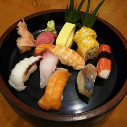 ชุดซูชิรวมปลาไทย-ญี่ปุ่น