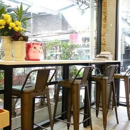 บรรยากาศ Jaywalk Cafe  เยาวราช