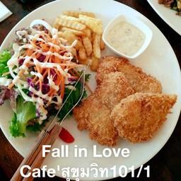 Fish And Chips ปลาชุบเกล็ดขนมปัง กับทาทาร์ซอสรสชาติอร่อย