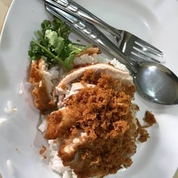 ข้างไก่ทอดจานเล็ก 40฿
