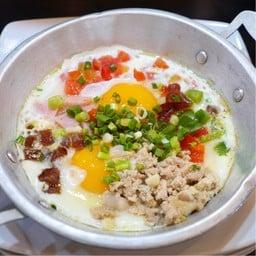 ไข่กระทะบุฟเฟ่ต์อาหารเช้า