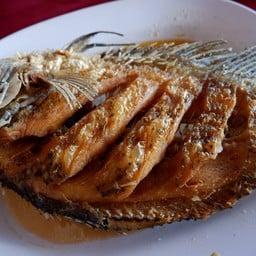 ปลาคล้าวทอดน้ำปลา