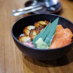 ข้าวหน้าปลาแซลมอนกับปลาไหล