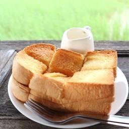 ขนมปังเนย นม