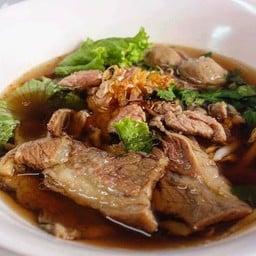 สง่า ก๋วยเตี๋ยวปรุง (เนื้อ) SaNgaa Beef Noodle