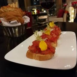 เมนูของร้าน Volti Restaurant And Bar โรงแรมแชงกรีลา