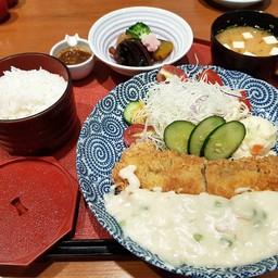 ชุดปลาชุบเกล็ดขนมปังราดซอสนมสด##1