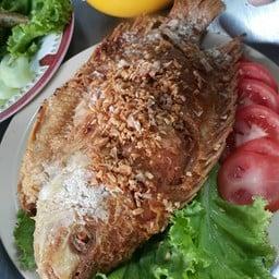 ปลาทับทิมทอดกระเทียม