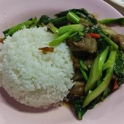 ผัดไทยท่าแพ