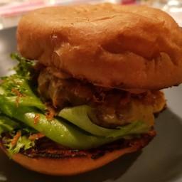 Paper Butter & The Burger