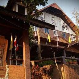 โรงแรมป่าปัวภูคา